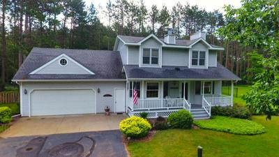 3951 N VALLEY DR, Wisconsin Rapids, WI 54494 - Photo 1