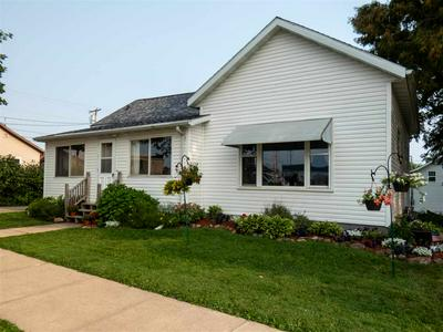 113 E ARNOLD ST, Marshfield, WI 54449 - Photo 2