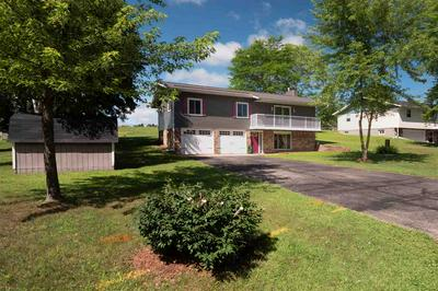 423 CLINTON CT, Amherst, WI 54406 - Photo 2