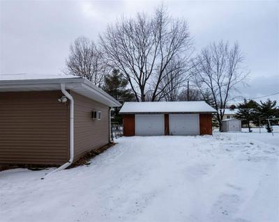 716 S LINDEN AVE, Marshfield, WI 54449 - Photo 2