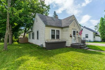 1117 S 5TH AVE, Wausau, WI 54401 - Photo 1