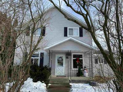 401 WATER ST, ROSHOLT, WI 54473 - Photo 1