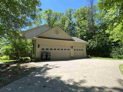 1855 FLOWING BROOK CT, Plover, WI 54467 - Photo 2
