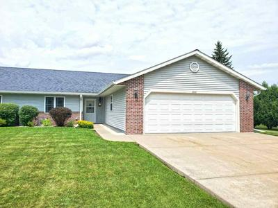 2860 RIVER DR, Plover, WI 54467 - Photo 1