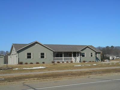 1022 S LINCOLN AVE, MARSHFIELD, WI 54449 - Photo 1