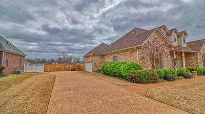 34 LARKWOOD DR, JACKSON, TN 38305 - Photo 2