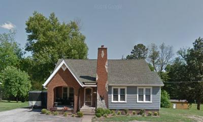 98 N BROAD ST, LEXINGTON, TN 38351 - Photo 1