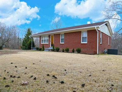 315 MIDDLETON DR, LEXINGTON, TN 38351 - Photo 1