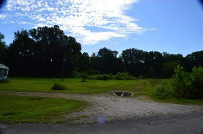 877 DEEP GAP RD, Jackson, Tennessee, TN 38301 - Photo 1