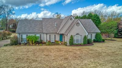 139 SOMMERSBY DR, Jackson, TN 38305 - Photo 2
