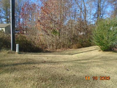 111 POPLAR LN, Jackson, TN 38305 - Photo 2