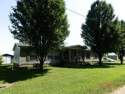 209 N BEATRIX ST, KENTON, TN 38233 - Photo 2