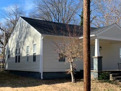 217 CEDAR ST, Jackson, TN 38301 - Photo 2
