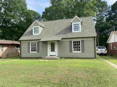 420 FAIRMONT AVE, Jackson, TN 38301 - Photo 1