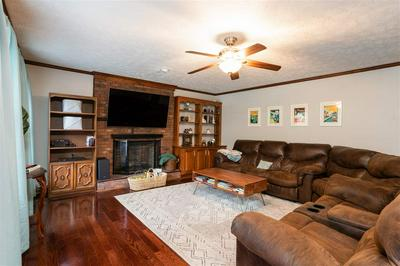 34 WINDY HILL RD, Jackson, TN 38305 - Photo 2