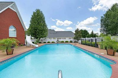 138 BELLEMEADE DR, Lexington, TN 38351 - Photo 2