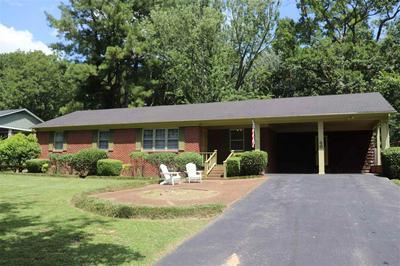 46 ROYAL OAKS PL, Jackson, TN 38305 - Photo 1