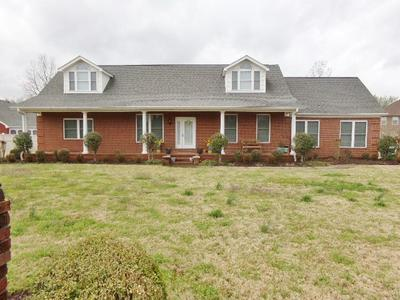 1721 CLUBHOUSE DR, DYERSBURG, TN 38024 - Photo 1