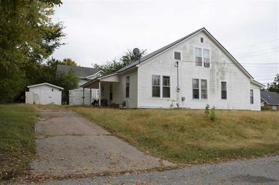 116 N GRAYSON ST, NEWBERN, TN 38059 - Photo 2