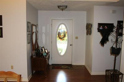 427 CHEYENNE CIR, Lexington, TN 38351 - Photo 2