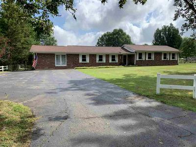 180 MELODIE CIR, Henderson, TN 38340 - Photo 2
