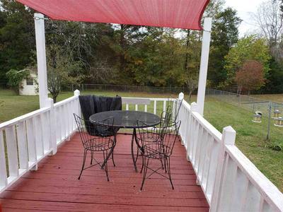 512 WESTWOOD DR, Lexington, TN 38351 - Photo 2
