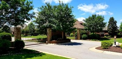 104 GRAND HAVEN DR, Jackson, TN 38305 - Photo 1