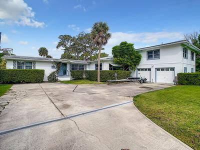 1533 N HALIFAX AVE, Daytona Beach, FL 32118 - Photo 2