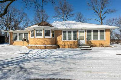 205 S 4TH ST, Manchester, IA 52057 - Photo 1