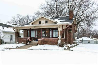 321 MONTGOMERY AVE, East Dubuque, IL 61025 - Photo 1