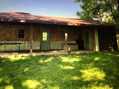 11069 SETTLEMENT RD, Cassville, WI 53806 - Photo 1