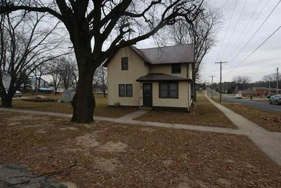 124 S WILLIAM ST, EARLVILLE, IA 52041 - Photo 2