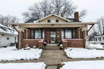 321 MONTGOMERY AVE, East Dubuque, IL 61025 - Photo 2