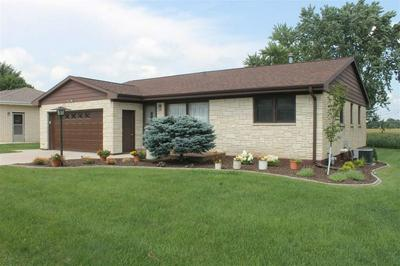 1712 2ND AVE SE, Dyersville, IA 52040 - Photo 2