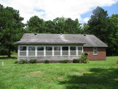 4055 FOLKS CIR # 1, Blackshear, GA 31516 - Photo 1