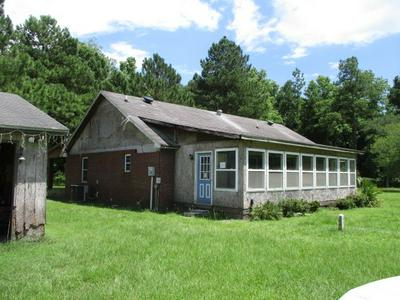 4055 FOLKS CIR # 1, Blackshear, GA 31516 - Photo 2
