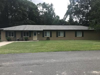 126 HILLCREST CIR NE, Branford, FL 32008 - Photo 1