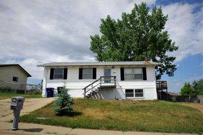 1199 LINCOLN ST, Dickinson, ND 58601 - Photo 1