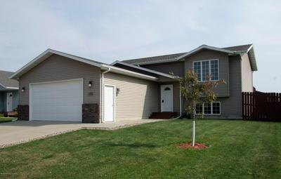 642 15TH AVE E, Dickinson, ND 58601 - Photo 1