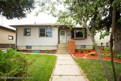 821 3RD AVE W, Dickinson, ND 58601 - Photo 1