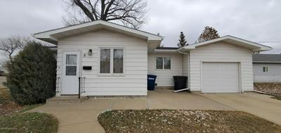 5 3RD ST SE, DICKINSON, ND 58601 - Photo 1