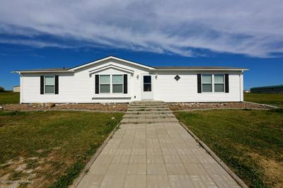 615 2ND AVE NW, Belfield, ND 58622 - Photo 2