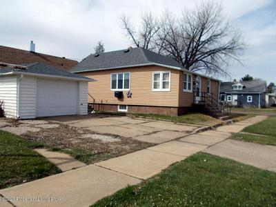 143 1ST ST SW, Dickinson, ND 58601 - Photo 2