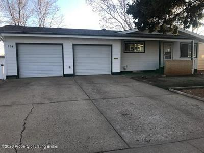 264 12TH ST E, Dickinson, ND 58601 - Photo 1