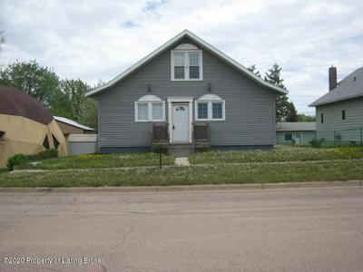 109 3RD AVE SW, Bowman, ND 58623 - Photo 2