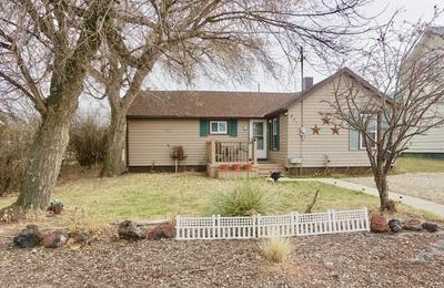 531 1ST AVE SE, Dickinson, ND 58601 - Photo 1