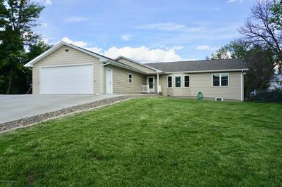 306 ELM AVE, Taylor, ND 58656 - Photo 2