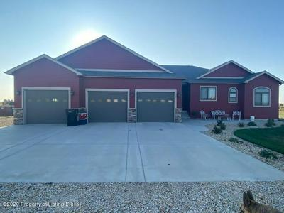 4129 111J AVE SW, Dickinson, ND 58601 - Photo 1