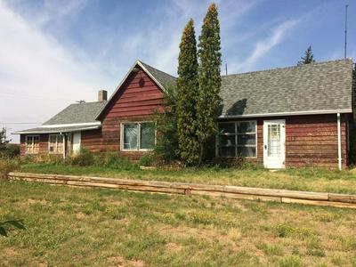 903 2ND AVE NW, BEACH, ND 58621 - Photo 1