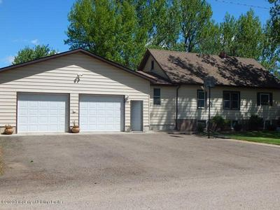 28 3RD ST W, Taylor, ND 58656 - Photo 2